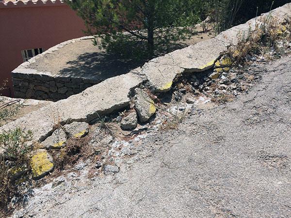 Planas del rey-pratdip-Exiger que la mairie investisse d'avantage de ressources pour assurer les services minimums